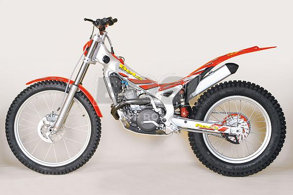 REV 3 -2004- -250CC-