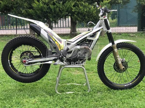 TRS 2017 300cc